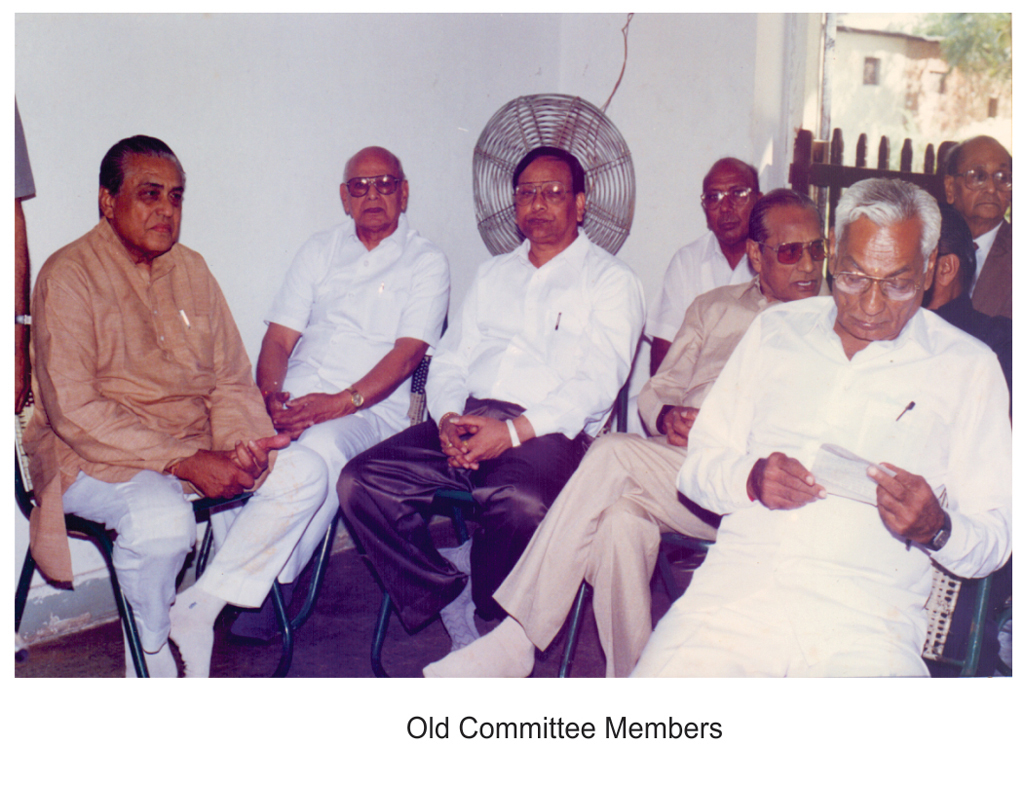 old-committee-member-small